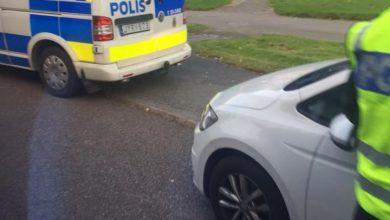 Photo of تهجم شرطي سويدي على قناة وستوديو أرين الكردية في ستوكهولم من غير معرفة الاسباب