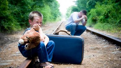 Photo of مأساة عائلة حلبية في السويد بعد رفض طلب لجوئهم وتفككهم الى مصير مجهول