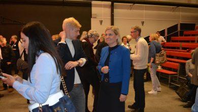 Photo of مقال : يوميات عربي في السويد في لقاء عابر مع وزيرة المالية السويدية