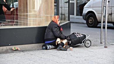 Photo of محكمة الأستئناف السويدية تحكم بالبراءة على شخص حرض على قتل المتسوليين