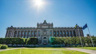 Photo of رئيس البرلمان السويدي يعطي مهمة تشكيل الحكومة لأولف كرسترسون