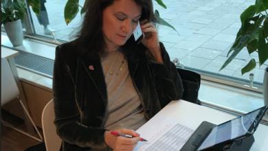 Photo of وزيرة التجارة السويدية تتعرض لأنتقادات ساخرة بعد نشرها صورة على التويتر