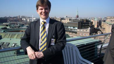 Photo of رئيس البرلمان السويدي يحضر لأجراء أنتخابات جديدة بشكل شكلي