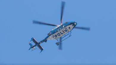 Photo of البلاغ على طائرة هليكوبتر تابعة للشرطة السويدية بسبب أزعاج السكان