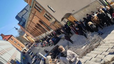Photo of سويديون حول المساجد