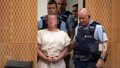 Photo of محاولة الهجوم على الأرهابي الأسترالي بالسكين بعد مثوله في المحكمة النيوزلندية