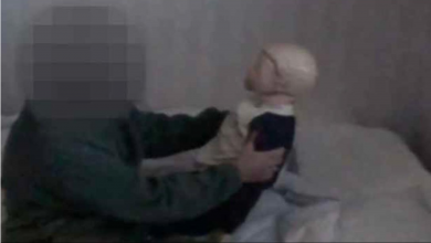 Photo of محاكمة رجل قام بقتل أبن زوجته في مقاطعة سكارابوري