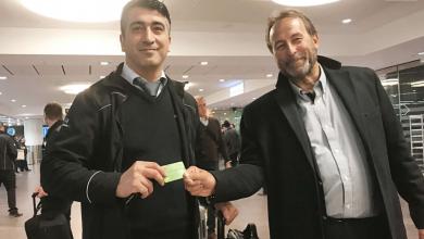 Photo of قصة سائق تكسي تركي يعير كارته البنكي لرجل سويدي لايعرفه