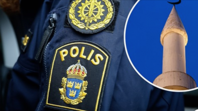 Photo of الشرطة السويدية تحقق في نشر ملصقات مسيئة للنبي محمد في مدينة فيكخو