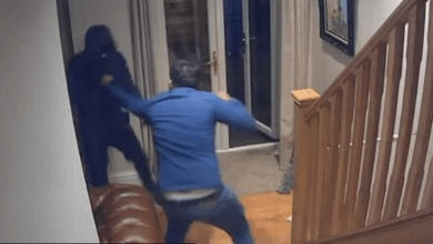 Photo of الشرطة السويدية تحتجز صاحب منزل دافع عن نفسه بعد جريمة سطو في رونبي
