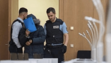 Photo of الحكم المؤبد على جندي سوري في ألمانيا شارك بجرائم ضد الأنسانية
