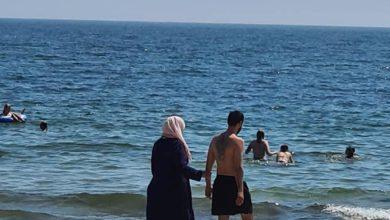 Photo of تجنب السباحة خوفا من العنصرية