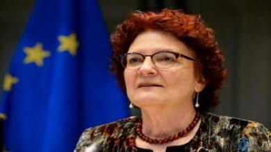 Photo of مديرة الهيئة الأوروبية للصحة في ستوكهولم : کورونا سيبقى بيننا واللقاح هو حل مؤقت