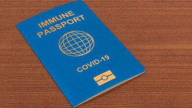 Photo of جواز سفر أخضر أوروبي لكل من يتم تطعيمه .. وإيرلندا توقف استخدام لقاح أسترازينيكا