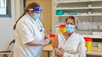 Photo of الحكومة السويدية : لا يمكن تطعيم جميع المواطنين في السويد ضد کورونا في الوقت المخطط له