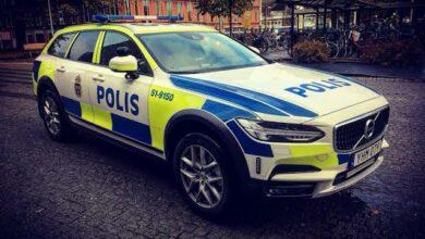 Photo of سيارة للشرطة السويدية تتعرض اللسرقة في مدينة Göteborg
