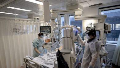 Photo of الكثير من الممرضين كانو يبيتون في المستشفيات اثناء الجائحة