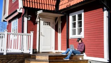 Photo of هل يمكن أن يجبرني مديري على العودة إلى المكتب عندما تلغي السويد توصية العمل من المنزل؟