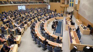 Photo of عودة المشرعين السويديين إلى البرلمان