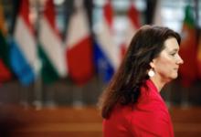 Photo of وزيرة الخارجية السويدية في إسرائيل تطالب إعادة العلاقات بين إسرائيل والسويد